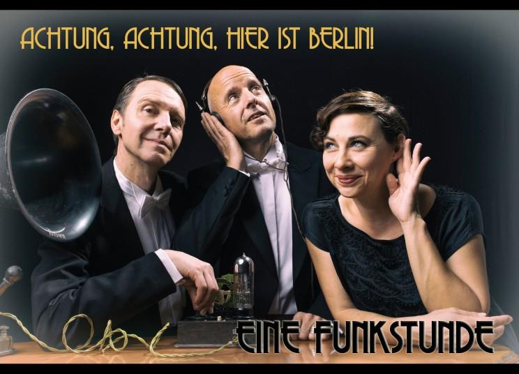 Matthias Leupold (Violine), Robert Schmidt (Piano), Carola Söllner (Conférence und Gesang)